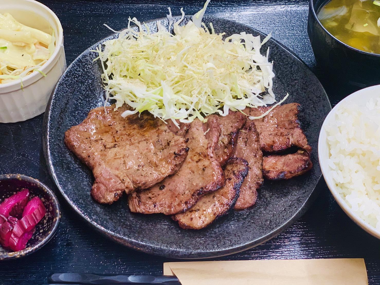 ランチ/テイクアウト | 尾張一宮名物 焼豚・豚角煮・最高級黒毛和牛のロータリー三楽